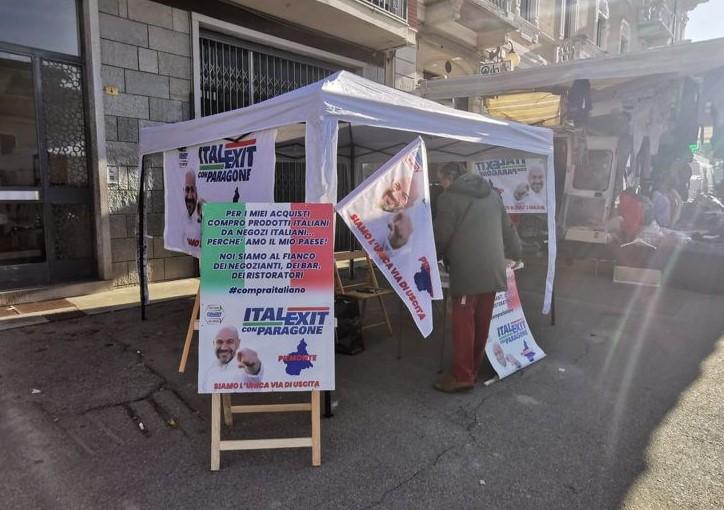 Gazebo informativo Torino